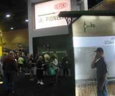 A crowded exhibit at this week's Commodity Classic in Kissimmee